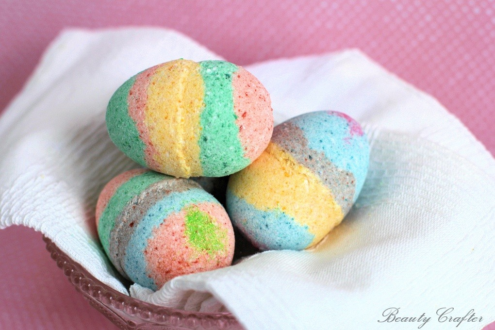 Diy easter egg bath bombs a fun candy alternative beauty crafter diy easter egg bath bombs recipe forumfinder Image collections