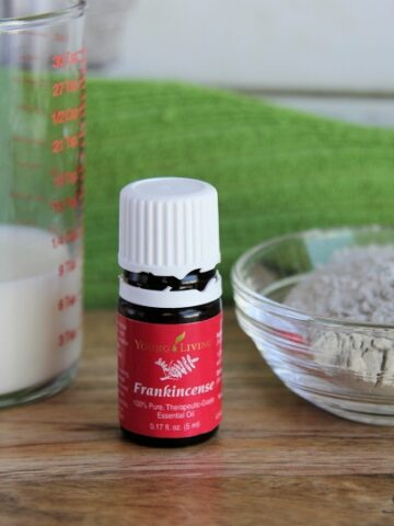 DIY Purifying and Firming Clay Facial Mask