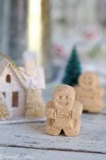 Homemade Gingerbread Bath Bombs - DIY Christmas Gift