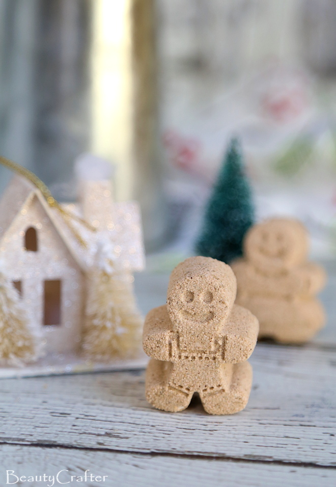 Gingerbread Bath Bombs Recipe: Cute DIY Christmas Gift