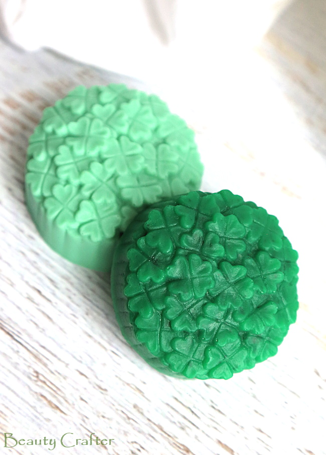 Shamrock Shake Soap: DIY Soap for St. Paticks day