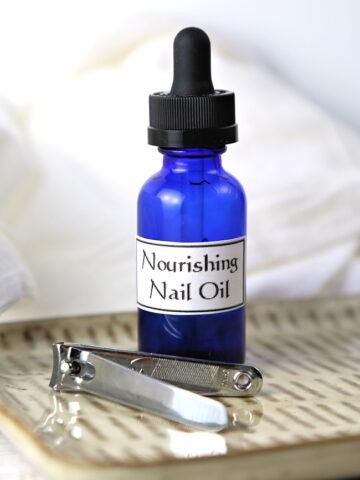 Best Nail Strengthener - DIY Nourishing Nail Oil