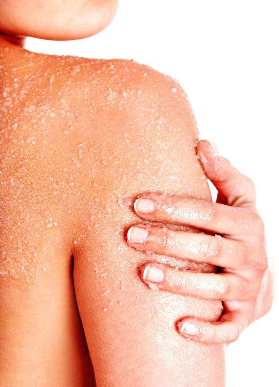 Salt Scrub vs Sugar Scrub - benefits, uses