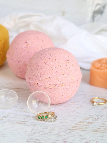 DIY Bath Bombs with Rings Inside