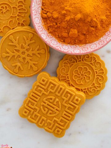 Turmeric Soap Recipe and Benefits